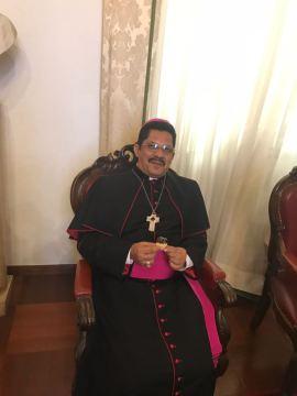 Marcia Sedoc2018 ontmoet Mgr Karel Choennie