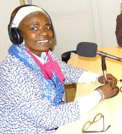 Cindy Kerseborn 2016 bij Radio Bondru FM foto HellenJGill